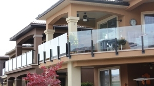 topless glass railing Deck Doctor Kelowna